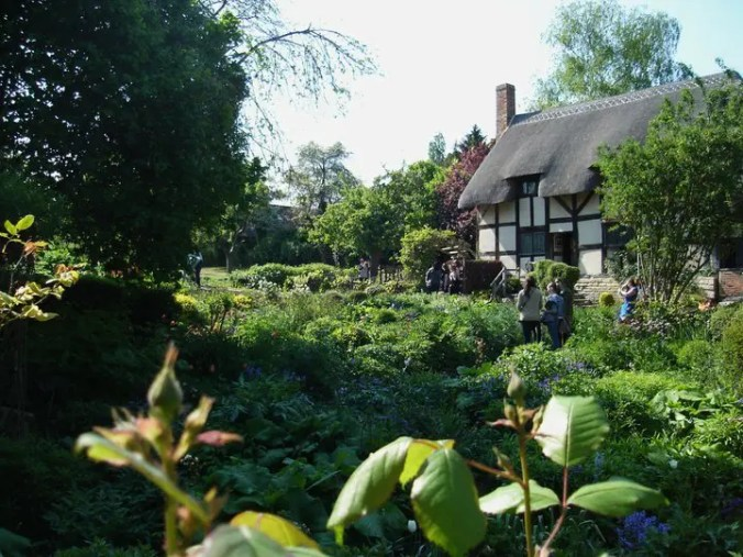 Okay, so Anne Hathaway's cottage probably doesn't take guests. But I'll need some equally private accommodations on my RTW trip.