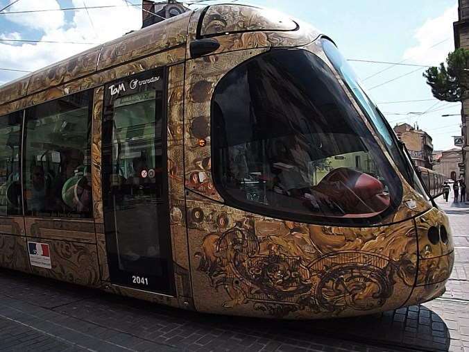 The trams of Montpellier are hardly easy to figure out when you're traveling unplugged.