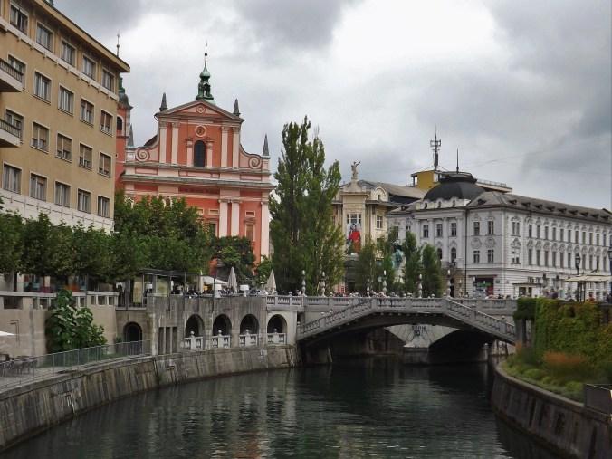ljubljana-center-1u-presernov-trg-square-1
