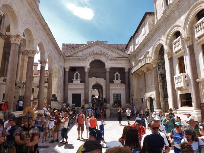 split-diocletians-palace-3o