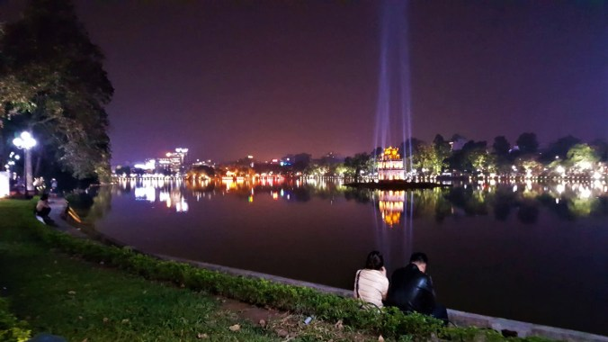Things to Do in Hanoi | Go to Hoan Kiem Lake