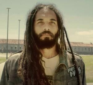 Groundation - Hero ft. Ponto de Groundation ft Equilibrio (Official Video)