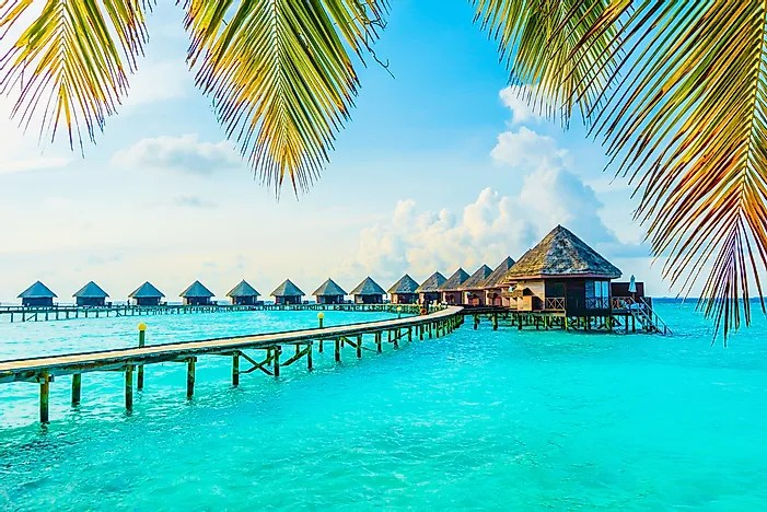 A Popular Tourist Destination In The Indian Ocean The Maldives Is The Smallest Country In Asia In Terms Of Area And Population There Are Over  Coral