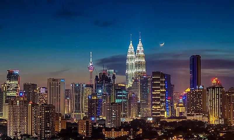 # 1 Kuala Lumpur, Malásia -