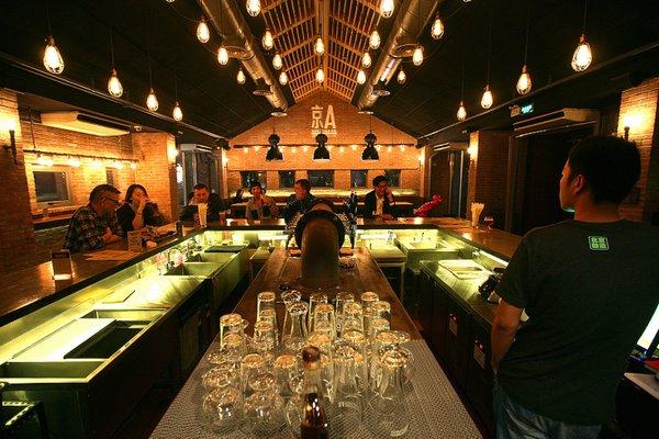 capital brewing jing-a taproom beijing china.jpg