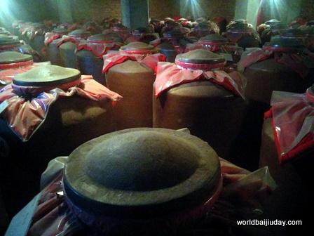 bainian baoding baijiu china (2)