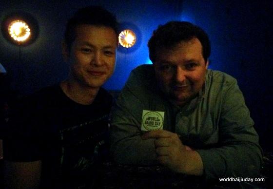 li zongwen of harmony baijiu in anhui and jim boyce of world baijiu day at q bar in beijing.jpg