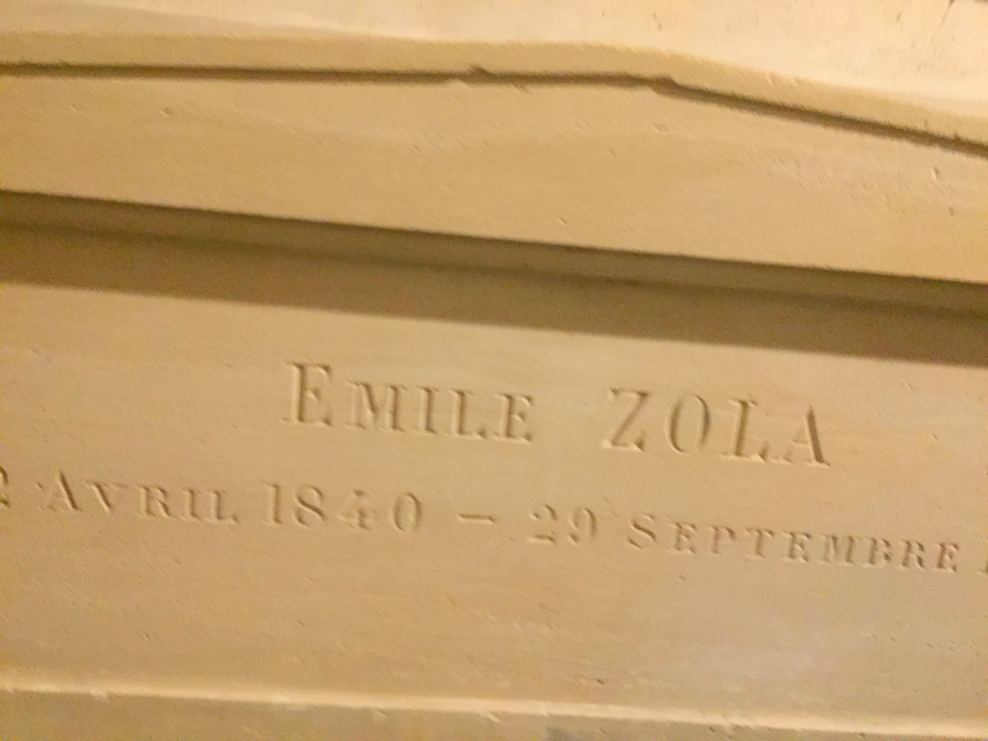 grave of Emile Zola in Pantheon Paris