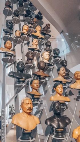 Część ekspozycji Muzeum Człowieka w Paryżu