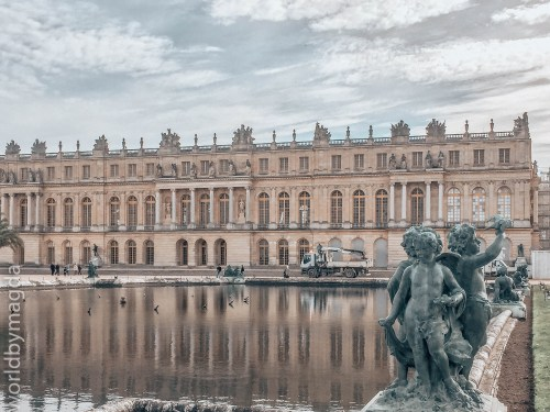 Palace buildings with the main chamber of Louis XIV, Versailles