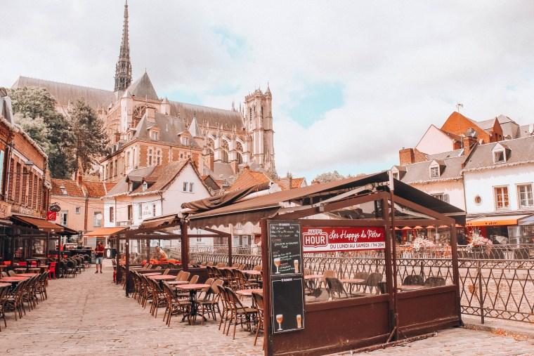 Amiens, widok na katedrę