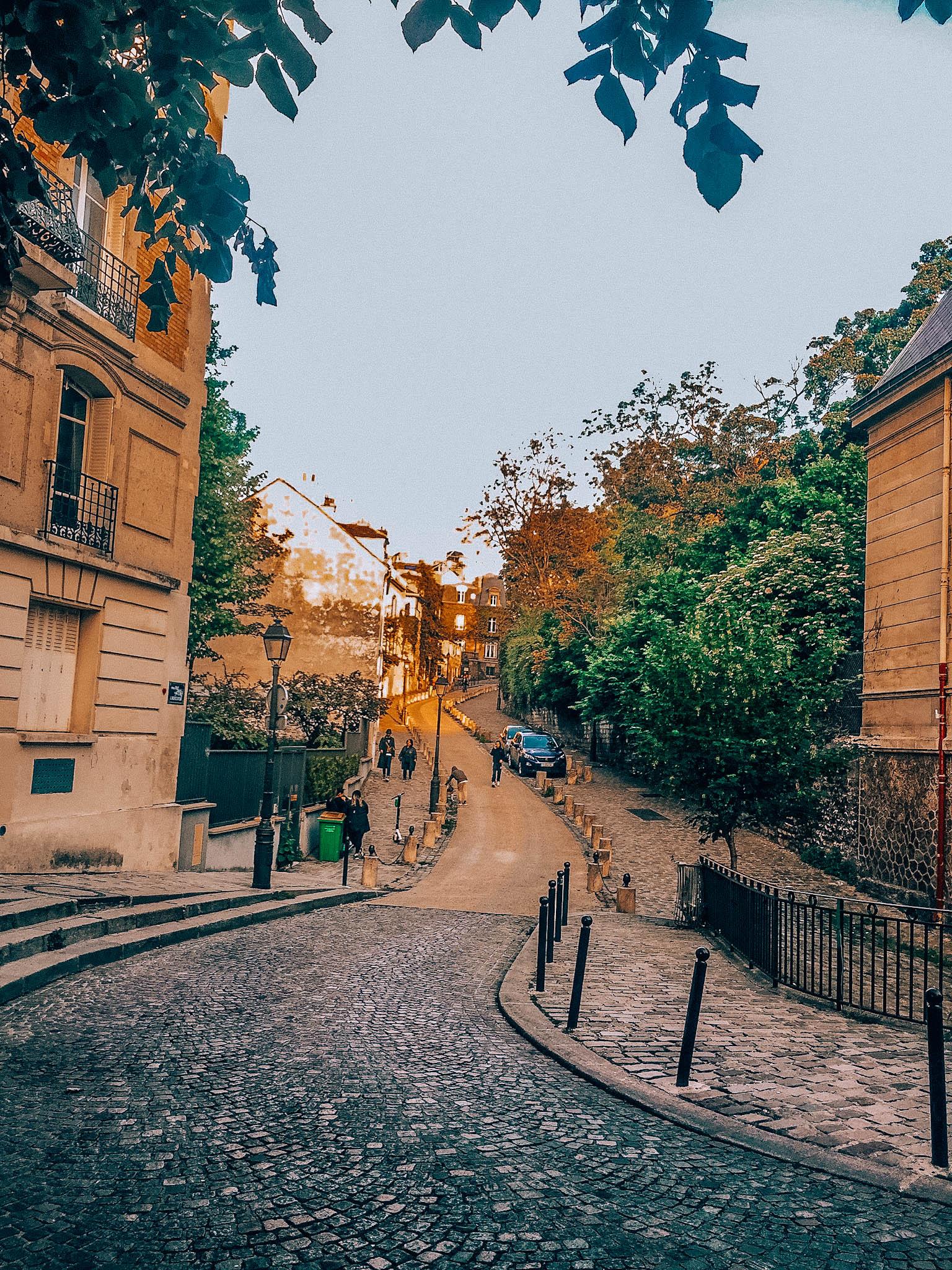 Kiedy jechać do Paryża?