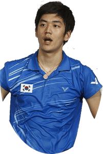 Lee Yong is a South Korean professional footballer who plays for Korean club Jeonbuk Hyundai and the Korean national team as a right-back.
