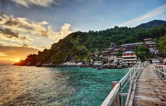 Pulau Pemanggil Main Image