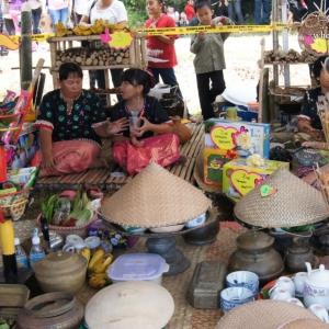 sarawak-malaysia-borneo-limbang-Bisaya-Babulang-festival-handicraft-exhibition