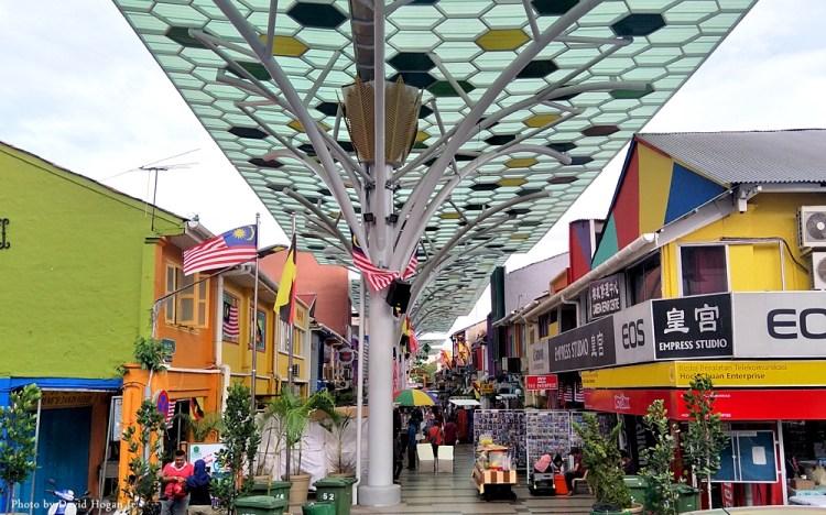 Seeing Kuching City on Foot