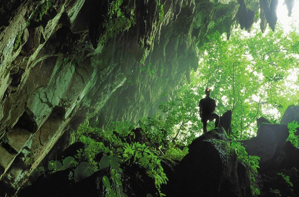 Mulu Clear water cave