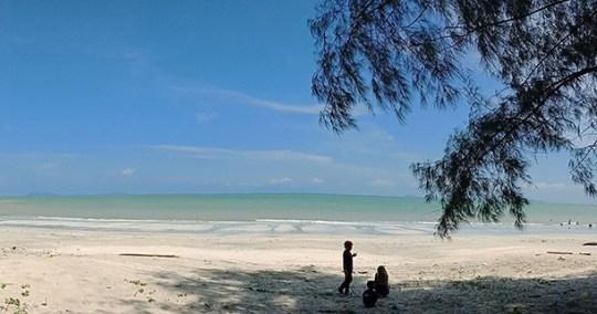 Pantai Air Papan Mersing
