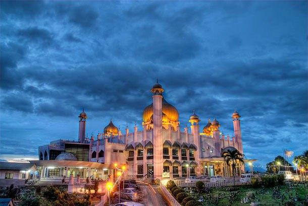 Masjid Kuching Main Image