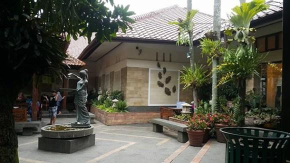 Rumah Mode Factory Outlet Bandung