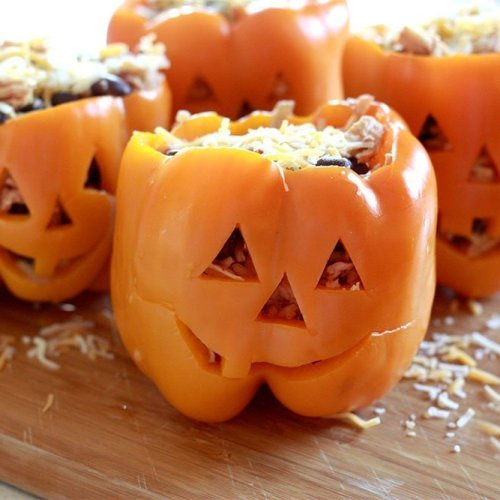 HALLOWEEN MEALS FOR KIDS (AND HOW TO HELP THEM PREP!)