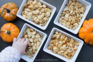 Are you doing Keto and getting tired of eating the same old boring meat and cheese snacks? Its time to mix it up a bit with these 8 Easy Keto Friendly Snacks You'll Fall In Love With. #ketosnacks #ketorecipes #manthatlooksgood