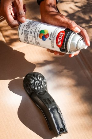 How To Spray Paint A Gumball Machine - Creative Gift Ideas