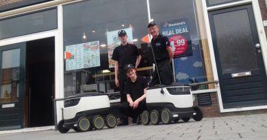 Entregas de pedidos de Domino's Pizza serán hechas por un auto robotizado