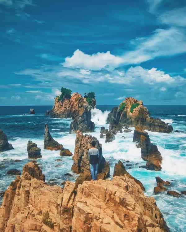 test-malaysian-backpacker-shares-5-gorgeous-places-around-this-humble-indonesian-town-to-visit-world-of-buzz-16 Malaysian Backpacker Shares 5 Gorgeous Places in Indonesia's Hidden Gem Everyone Should Visit