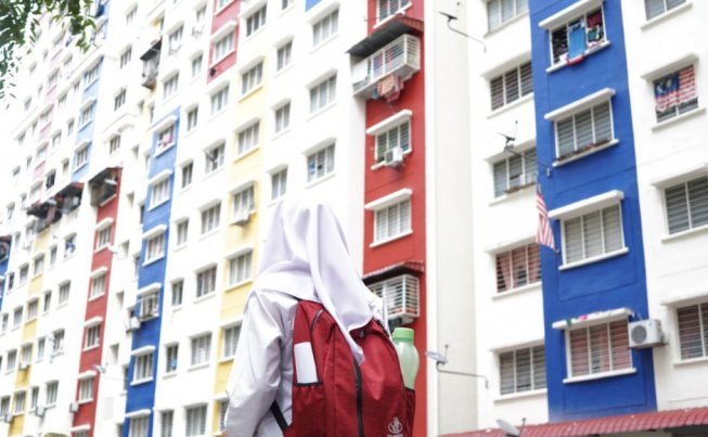 Prof: RM3,800 Salary a Month Is Not Enough For a Comfortable Life in The City - WORLD OF BUZZ 1