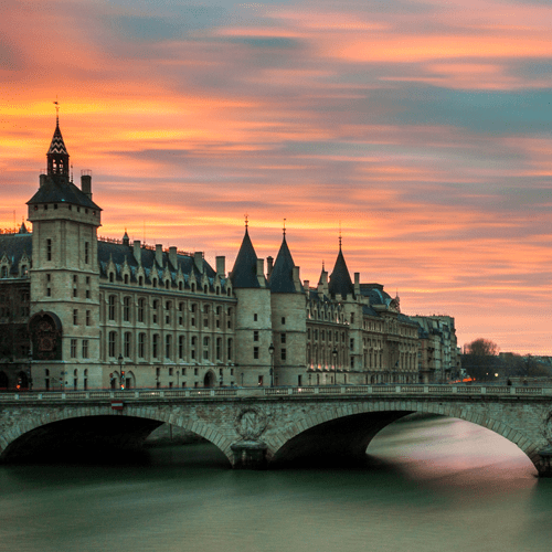 5-reasons-you-should-not-become-aflight-attendant-paris