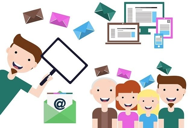 Cartoon of freelancers with mail
