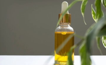 The benefits of Vitamin E oil.
