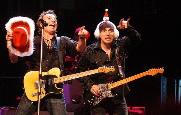 Plaat van de week: Bruce Springsteen & The E Street Band – Santa Claus Is Coming To Town