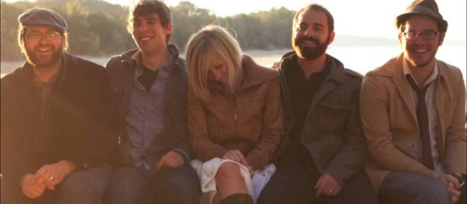 Plaat van de week: Drew Holcomb & The Neighbors – I Need to Go Somewhere