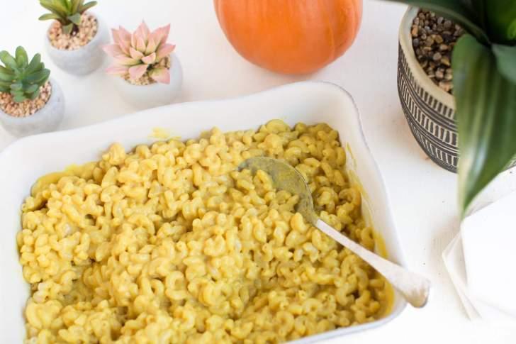 Vegan Mac & Cheese   WorldofVegan.com   #vegan #cheese #dairyfree #recipe