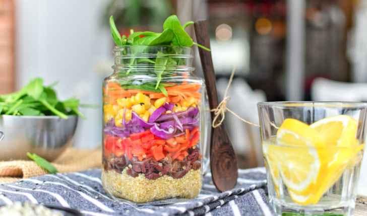 Rainbow Salad in a Jar   Zero Waste Lunch Idea   World of Vegan   #vegan #zerowaste #healthy #salad