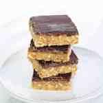 Crispy Caramel Squares | Healthy Vegan Treat | World of Vegan | #vegan #caramel #squares #snack #treat #worldofvegan