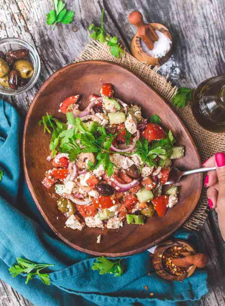 Vegan Greek Salad with Mediterranean Marinate Tofu | World of Vegan | #greek #salad #feta #tofu #marinated #mediterranean #worldofvegan