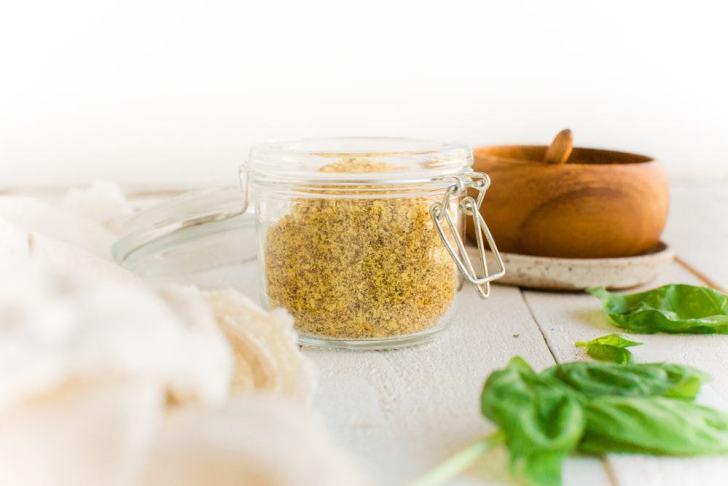 DIY Vegan Parmesan Recipe