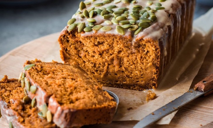 Vegan Pumpkin Spice Bread with Pepitas from Rainbow Plant Life