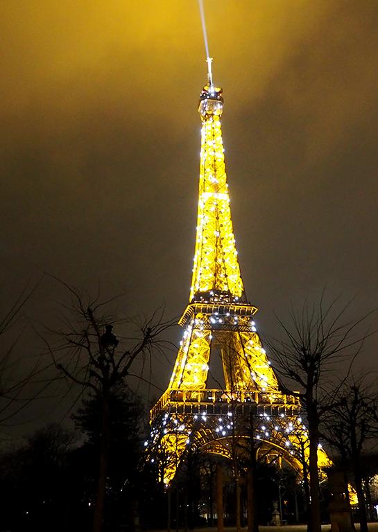 17 Tour Eiffel noche