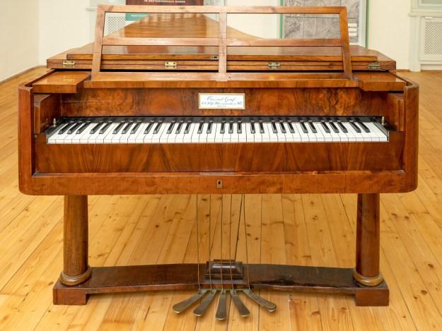 Conrad Graf grand piano - Beethoven's piano