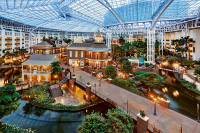 Gaylord-Opryland-Resort-is-a-fun-destination-in-itself.jpg