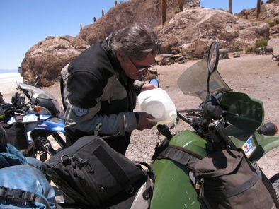 Andy Fills Up Isla