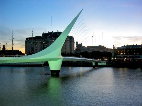 Puente Mujeres Amos