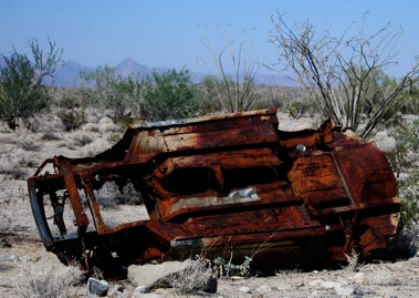Rusted Car2-1