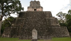 Tikal Temple2