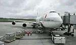 Loading cargo onto airplane