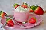 Strawberry dessert (Courtesy of Pixabay)